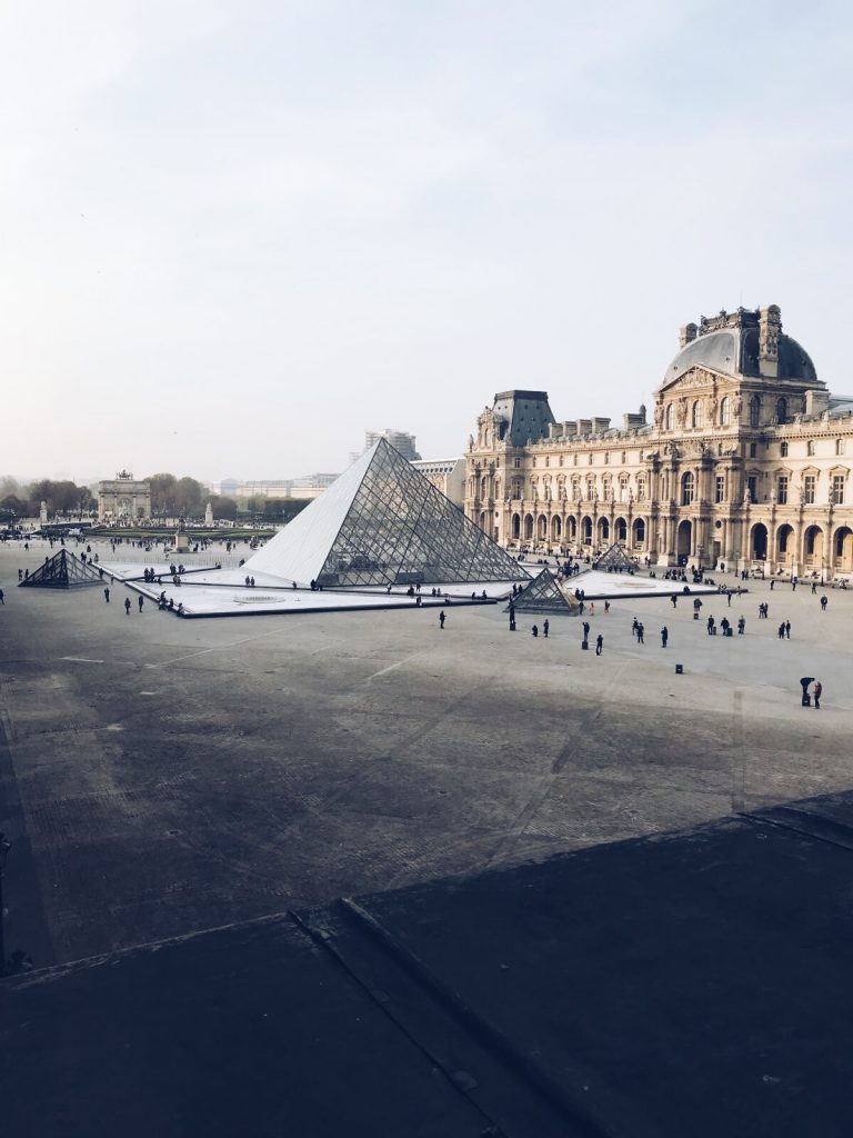 Pyramide Louvre in Paris